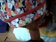 Мусульманка в хиджабе обсасывает конец парня с камерой и подставляет пилотку в позе по-собачьи 6