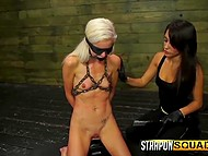 Perverted bimbo loves to make fun of girlfriend delivering sexual pleasure to her 8