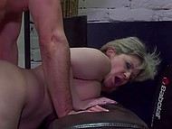 Hot stallion liked mature dame with short hair so he didn't miss the opportunity to fuck hairy pussy 9