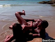 Black bloke brought brunette to ocean shore to fuck her there and he did it successfully 9
