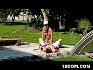 As soon as domineering babe with unusual hairstyle relaxed a bit, guy screwed her outdoors 5