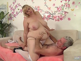 Lustful BBW with golden hair goes naughty because of older man's gentle touches