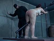 Чел в спецовке приковал беспомощную пышечку к перилам и отстегал розгами её пышные булки 11