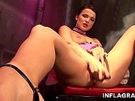 Come-hither colleen is tossing and turning in men's fantasies with her erotic striptease show 5