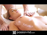 Boyfriend presented darling an unforgettable morning by giving massage and making love 4
