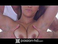 Bombshell Karter Foxx appreciates personal masseur's strong cock much more then skilled hands 3