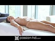Bombshell Karter Foxx appreciates personal masseur's strong cock much more then skilled hands 7