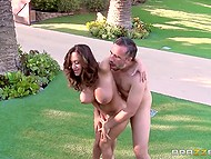 Hot sexpot just walked up to her admirer and gave herself to him right on the front lawn 9