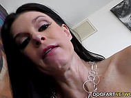 Mom tries to shove black dick into her holes but she can't do it the whole nine yards 8