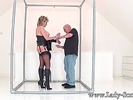 Mature couple adores BDSM games because these entertainments excite them too much 4