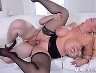 While US military personnel are stationed around the world, stacked Alura Jenson is having sex with bristly soldier 10