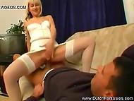 Соблазнительная голландка-медсестра знала самый быстрый и приятный способ поставить больного на ноги 5