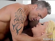 Cavalier forced big-boobied Italian Alura Jenson to squirt a few times having rough sex 11
