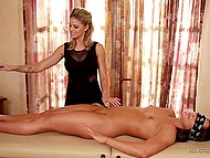 Client trusted proficient masseuse and she provided her with the best session ever 4