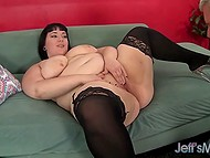Handy old man penetrated brunette BBW with pierced nipples and released sperm in her mouth 5