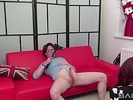 Паренёк заснял на видео, как он даёт за щеку зеленоглазой сосочке и поливает спермой язычок 7