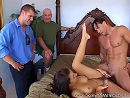 Male receives no less pleasure than his wife who copulates with another man in front of him 11