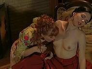 Барышня соблазнила подругу и показала ей все прелести лесбийской любви на практике 3