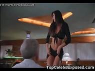 Такие известные актрисы, как Rachel Weisz, Keira Knightley и Jennifer Lopez не боятся обнажаться для роли в кино 6