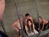 Азиатка отказала влиятельному чуваку и тот закрыл деваху в обезьяннике, где зеки отымели её 6