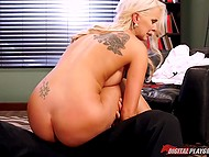 Boss was very busy but he still found time to fuck blonde girlfriend with hefty boobies 10