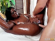 Dark-skinned masseuse oiled awesome body and approached client with steadfast schlong 9