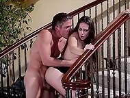 Соблазнительные тёлочки Cassidy Klein и Aj Applegate отдались красавцу на лестнице 11