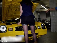 Eccentric Jeny Smith undresses right during the excursion in the muscle car garage 5