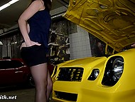 Eccentric Jeny Smith undresses right during the excursion in the muscle car garage 7