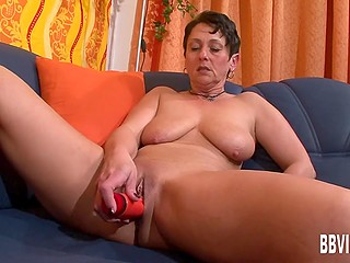 Mature female takes part in casting and her mission is to turn on men with the help of her body