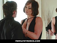 Gorgeous MILF Yasmin Scott has been missing her nephew and wants to relax him before job interview 5