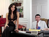 Wife of oil magnate could not resist to temptation and seduced innocent secretary 3