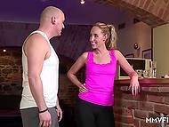 After short workout athlete paid a visit to bald coach and made love to him in the German video 3