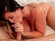 Deepthroat blowjob by luxurious honey Alison Tyler was needed to make youngster fully satisfied 6