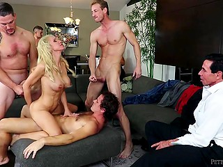Male let young fuckers thoroughly penetrate curly wife before bringing her heavenly delight