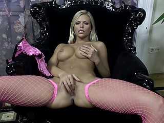 Raunchy MILF in purple stockings feels ok with fingers in vagina because they help her to relax