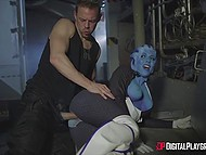 Busty Liara from 'Mass Effect' helped soldier to relieve stress in deserted place