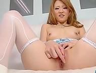Миниатюрная японская леди в соблазнительном нижнем белье задействовала вибратор и испытала мощнейший оргазм