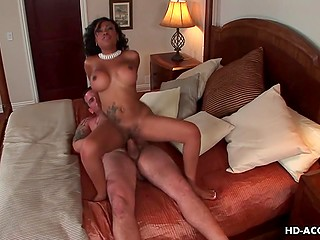 When wife isn't home, muscled stallion doesn't mind of having sex with black concubine