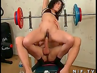 Arab sportswoman chooses right moment to seduce coach with big cock for having anal sex