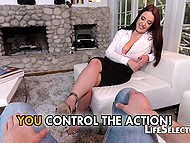 Macho made buxom honey foot massage but in exchange got the opportunity to screw her 5