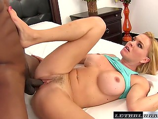 Stacked MILF with deep throat wasn't averse to get black penis in pussy and swallow fresh sperm