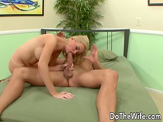 Man let buxom wife experience new feelings making dirty love with muscular stranger