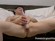 Short-haired lady put vibrator on vagina and began to receive heavenly delight on comfortable couch 10