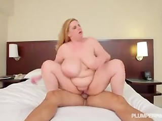 Blonde-haired BBW puts on favorite dress to drive new boyfriend crazy about fucking her pussy