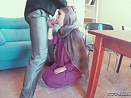 Even insecure Arab girl is ready to forget about restrictions and sucks huge cock for big amount of money 7