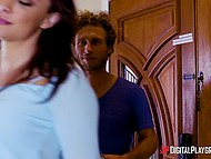 Guy sneaks into the bathroom to have fun with his wife's astonishing sister Eva Lovia 4