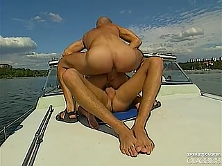 Walk on the boat cost double penetration for wonderful lady but she really liked it