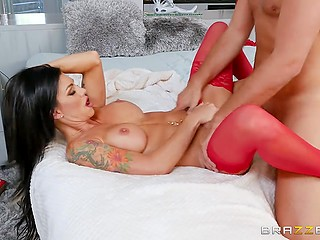Slutty doctor Melissa Lynn is determined to give patient's cock the cure it deserves