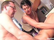 German trio in guest room where adult man nails mature candy and girlfriend holds her 10